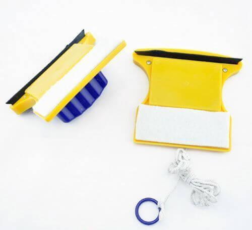 Магнитная щетка для мытья окон Glass Wiper купить в Алущевске